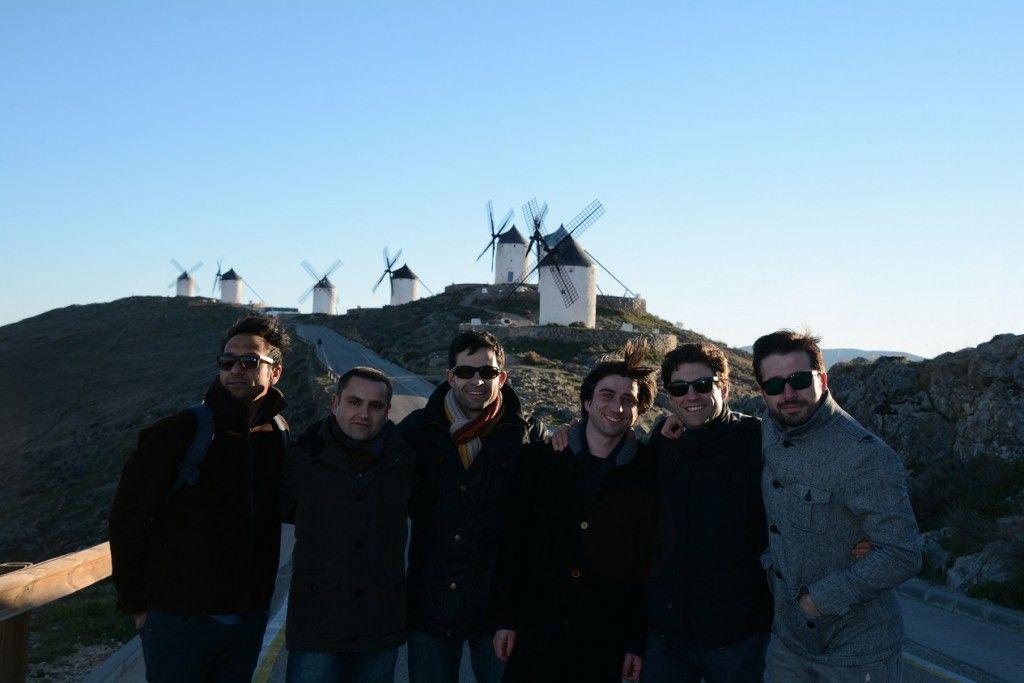Quijote Team en Consuegra: Desi, Andrés,, Pedri, Victor, Dani y Javi